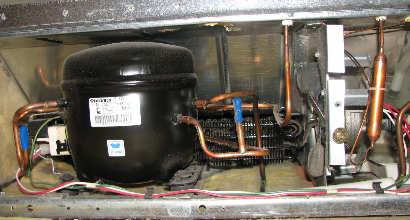 Ремонт или замена мотор компрессора в холодильнике на дому
